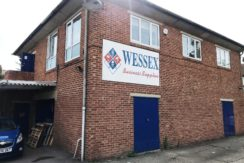 SMALL OFFICE TO LET