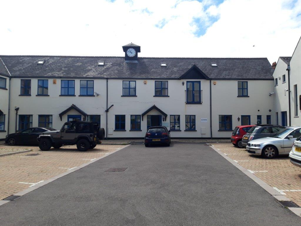 SELF CONTAINED OFFICES WITH PARKING