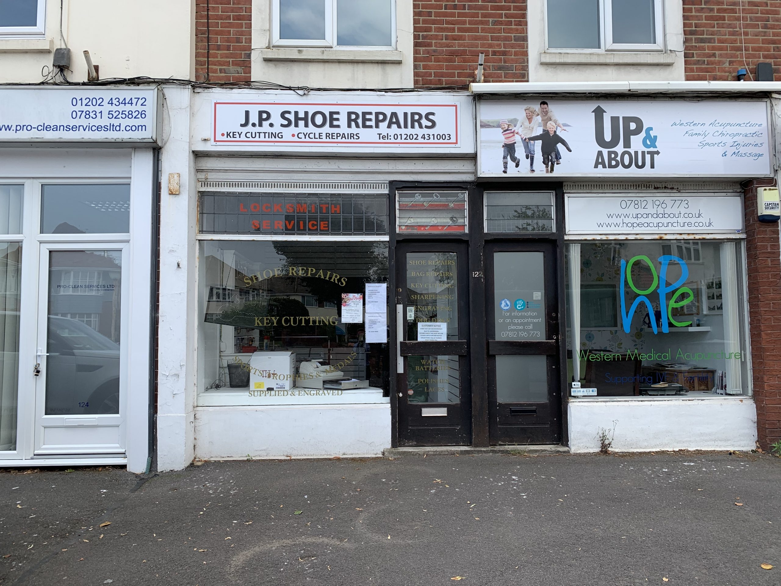 LOCK UP SHOP FOR SALE